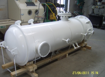 Double stage filters separators